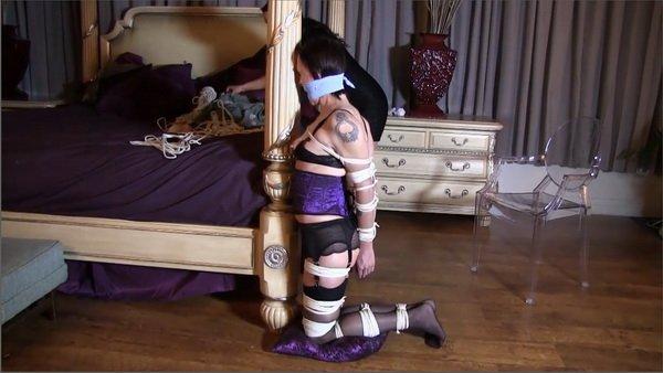 Elbow on knees bondage