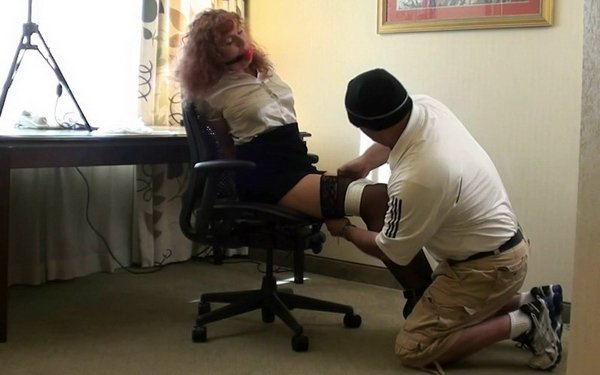 kittie4u-Tied-Secretary-HD-mp4.mp4__