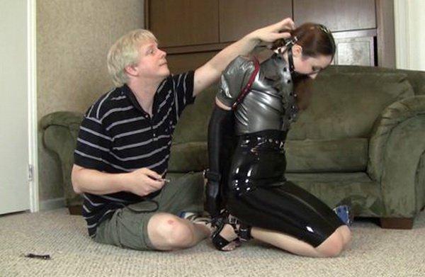Goddamn that Hand gagging sex slave porn istiyorum