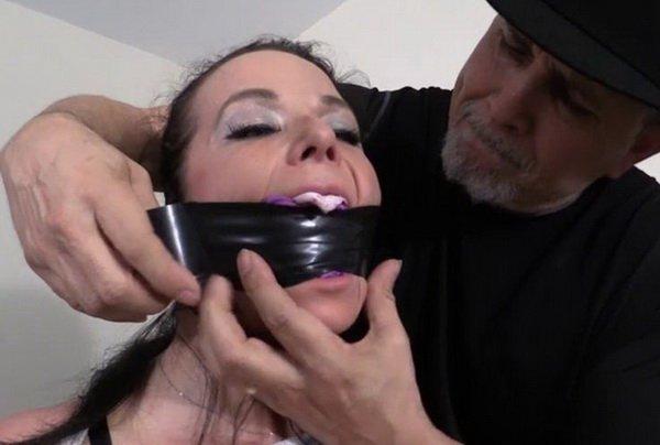 Amateur Bondage Begs Cum