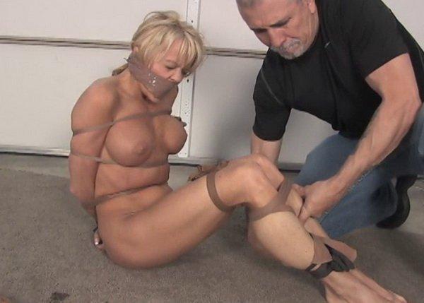 was ist gagging erotik nylon