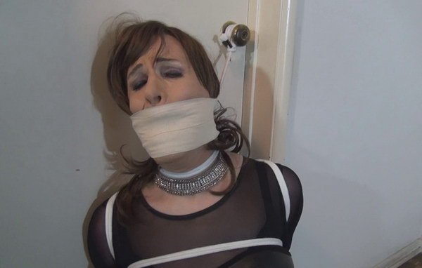 women tied to doorknob