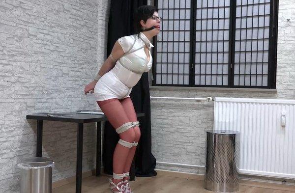 Secretary bondage pics