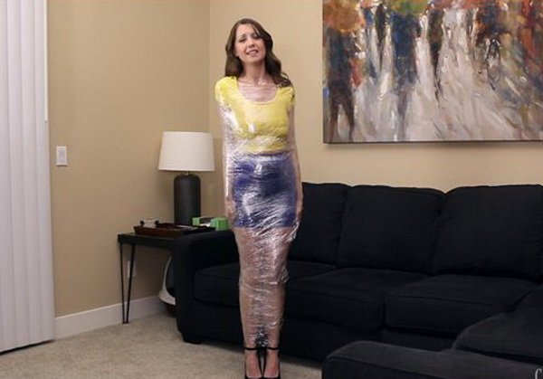 Plastic wrap slut
