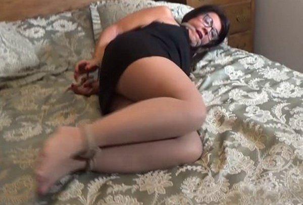 Free Pantyhose Bondage Movies