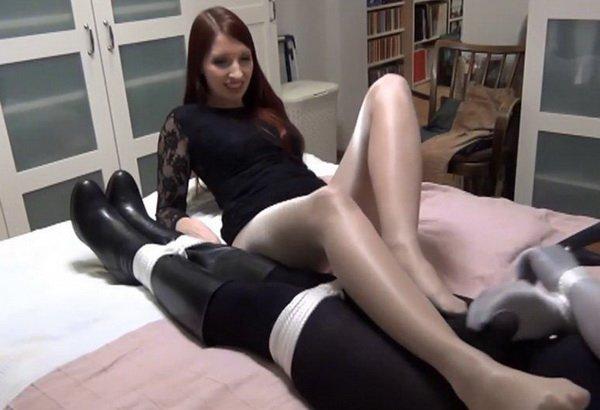 Lady renee bondage