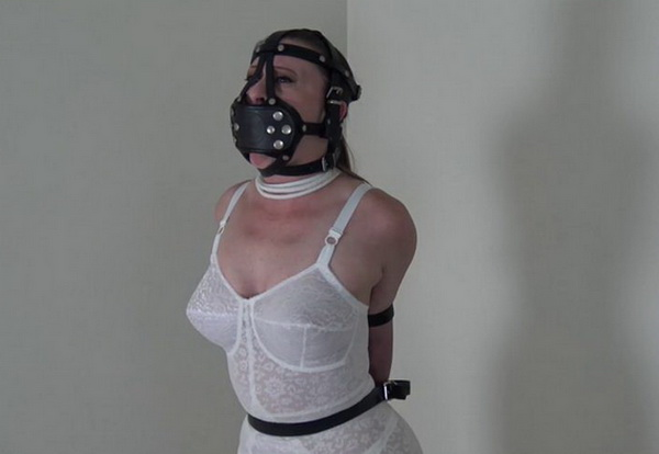 Bondage girdle model
