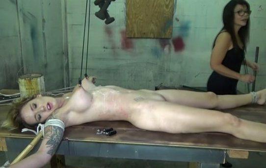 Mounth fit spank dyke