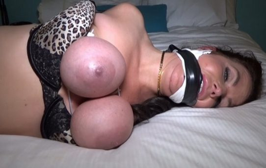 How to tie breast bondage