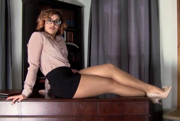 Enchantress Sahrye Hogtie : GAMS Detective Tightly Bound