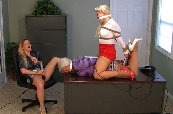 Ladyboss Lisa Harlotte Gives Office Orgasms To Secretaries -9672